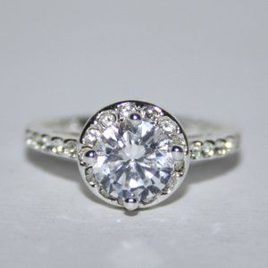 Beautiful silver halo engagement ring size 6